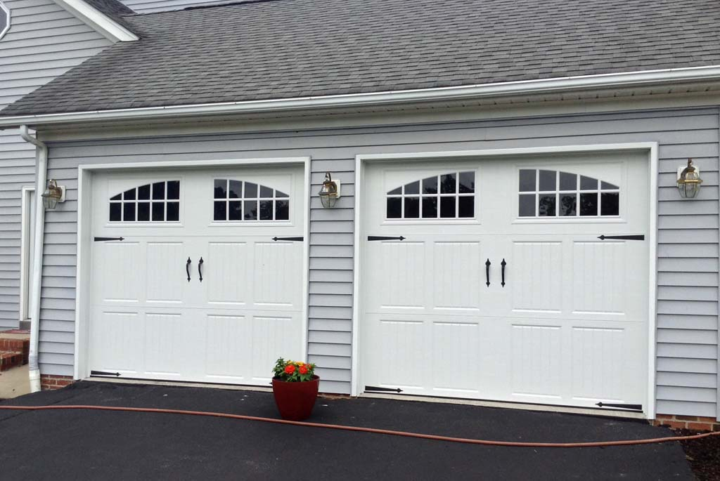 Steel garage doors gallery collection auto design tech for Clopay steel garage doors